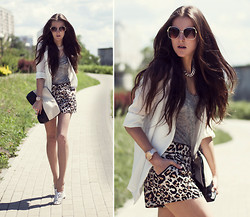 Katerina Kraynova - H&M Shorts, Forever 21 Top, Topshop Shoes - I Will Meet You On The Other Corner Of World