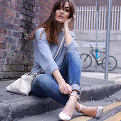 Anouska Proetta Brandon - American Apparel Jumper, Lacambra Bag, Anine Bing Jeans, Office Heels, Chupi Rings - The Slouch.