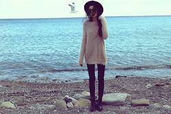 Violet Ell - Thrift Store Sweater, Thrift Store Hat, Dr. Martens Boots, Ray Ban Sunglasses - 09.10.2012