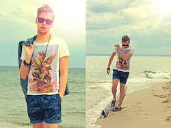Mykola Hruts - Zara Printed Tee, H&M Shorts - Far Away From All The Sorrows