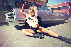 Fanny Lyckman - Get Credits On - Wildfox tee