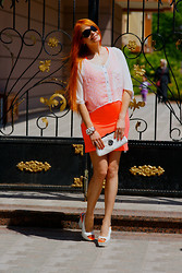 Brandator Nadin - Versus Heels, Roman Clutch, Dqmane Dress, Louis Vuitton Sunglasses - Summer mood ;-)