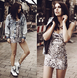 Masha Sedgwick - Lovelysally Dress, Vjstyle Chain, Dr. Martens Boots - COME ON BABY LIGHT MY FIRE