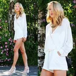 Petra Karlsson - Necklace, Shirt, Shorts, Bag (Silmilar), Shoes - Midsummer feeling