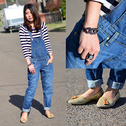 Alice_Alice&Leon . - Alice & Leon Olgas Bracelet, Alice & Leon Ayers Ring, Superdry Candy Cane Crew Knitwear, River Island Boyfriend Denim Dungaree, Massimo Dutti Glitter Slipper - In the neighbourhood