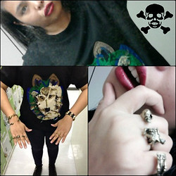 Wreyzza Swift - Thrifted Dog T Shirt, Fashionmoto Shop Skull Bracelet, Fashionmoto Shop Skeleton Connector Ring, Fashionmoto Shop Skull Cuff, Converse Studded Sneakers - Tainted Mirror! Arf-Arf!!! (─‿‿─)