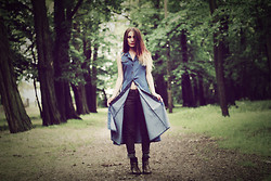 Paulina Bednarek - Wrangler Jeans, Vintage Dress, Vintage Boots - THERE'S NO TIME THAT YOU MUST BE HOME