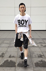 YU WEILO - Boy London White Jersey, Methadones Black Leather Shorts, Nike Basketball Shoes - BOY LONDON