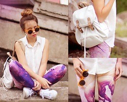 Wioletta Mary Kate - Lovely Sally Leggins, Parfois Backpack, Romwe Shirt, Zerouv Sungalsses - Pegasus Leggins