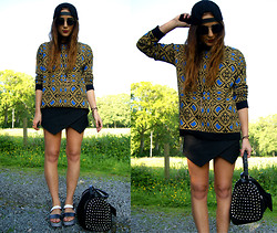 Nicola Kirkbride - Zara Jumper, Zara Skort, H&M Cap, Zara Bag, Zara Shoes - Switch