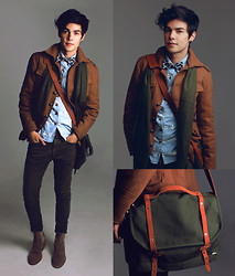 Vini Uehara - Eaby Trench Coat, Ramalama Bow Tie, Guidomaggi Chelsea Boots, Menlook Bag, Youreyeslie Shirt - Beautiful Delirium