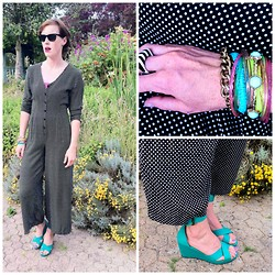 Anna M. - Hello Berry Gimp Bracelets, Ray Ban Sunnies, Vintage Jumper - Pantorama Neon