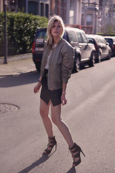 Sofie V. - Filippa K, Gerard Darel Leather Skirt, Zara Shoes - Sun Glow