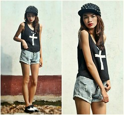 Cherrish Feliminiano - Romwe Spiked Cap, Romwe Cross Print Vest, Romwe Distressed Denim Shorts, Yfmart Shoes - Lazy and Edgy