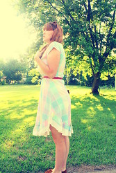 Ashley W - Vintage Dress - Oh Mister Golden Sun please shine down on me!