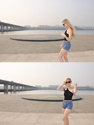 Gabrielle Yoon - Nasty Gal Assymetric Top, Teddys Vintage Pants - Banpo Bridge