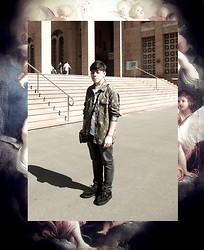 Marcelo Ferreira - Crystal Castles T Shirt, Military, Vilela Boots Creeper - Crystal castles military