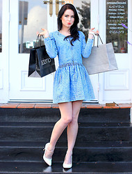 Kelly Nicole - Isabel Marant Etoile Denim L/S Dress, White Pumps, Boohoo White Watch - Isabella Sundays