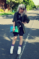 Sarah Miller - Vintage Military Jacket, River Island Long Top, River Island Lace Shorts, Yru Platform Shoes, Urban Outfitters Scrunchie, Urban Outfitters Socks - Nevermind me, I'll just cast shadows on your walls