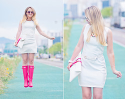 Olga Choi - Sheinside Necklace, 8 Seconds Dress, Choies Clutch - Rain season!