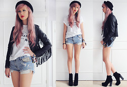Amy Valentine - Topshop Pork Pie Hat, Boohoo Fringe Leather Jacket, P&Co Trademark Tee, Iridescent Cut Off Denim Shorts, Deena & Ozzy Chelsea Boots - PLAY CRACK THE SKY