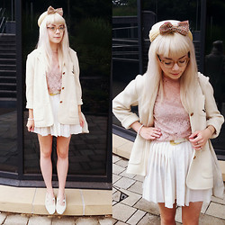 Kate G - Vintage Hat, Asos Bow, Vintage Jacket, Asos Lace Shirt, Second Hand Skirt, Vintage Shoes - Marshmallow lady