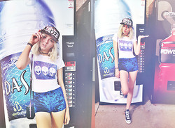 Shawnee Badger - United Couture Lover Midnight Floral Snapback, Brandy Melville Usa Carolina Aliens Top, Street Level Hologram Stachel   Purple, Converse Joey, One Rad Girl Royal Blue Velvet High Waisted Shorts - I saw a werewolf with a Chinese menu in his hand