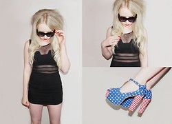 Sammi Jackson - Cutout Bodycon Dress, Cat Sunglasses, Jeffrey Campbell Foxy Us Flag Heels - STARS & STRIPES