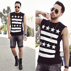 Reinaldo Irizarry - Forever 21 Tank, Hot Topic Shorts, Ralph Lauren Boots, Ray Ban Sunglasses, Topman Ring, Nicolina Royale Necklace, H&M Bracelet - STARS AND STRIPES
