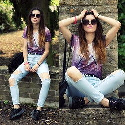 Agata P - Jeans, Triangle Galaxy T Shirt - Feel So Close