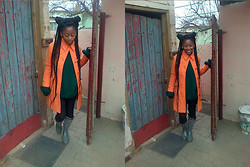 Mpumelelo Nhlapo - Woolworths Orange Trench, Bronx Grey Wellingtons, Green Knit - Young and beautiful - Lana Del Rey