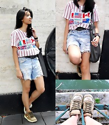 Nadine Julian - Converse One Star Skater Shoes, Oxygen 2 Way Expandable Bag - Not the 4th of July