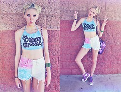 Shawnee Badger - The Cobra Shop Cobrasnake Halter Top, Levi's® Rainbow Sherbet Shorts, Converse Tommy Studded Chucks   Purple, Love Purple Heart Bag - Hotter than a boiling kettle