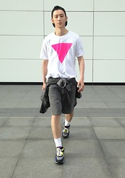 YU WEILO - American Apparel Up Side Down Triangle T Shirt, Vintage Grey Denim Shorts, Nike Color Trainers - AMERICAN APPAREL IS GAY