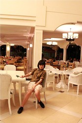Yunita Yapi - Brown Shirt, Floral Short, New Look Black Oxford Shoes, Ray Ban Sunglasses - Waiting at Poolside Restaurant