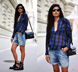 Maya Lorelei - Ray Ban Wayfarer Sunnies, Zara Plaid Shirt, Proenza Schouler Shoulder Bag, H&M Belt, H&M Boyfriend Shorts, Balenciaga Derby Cut Out Buckle Boots - Grunge