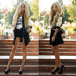 Ekaterina Normalnaya - Chicy Long Baseball Jacket, Persun Stud Heels, Chicy Chain Necklace - Чёрно-белое