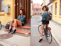 Christina Caradona - American Eagle, & Other Stories - Biking in Roskilde