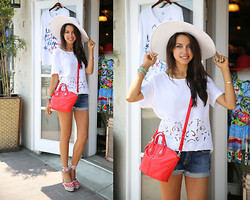Annabelle Fleur - Givenchy Bag, Pierre Hardy Heels, 7 For All Mankind Shorts, Equipment Top - Casual Cutoffs