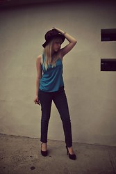 Astrid Baudelaire - Forever 21 Blue Blouse, Dark Jeans, Juicy Couture Brown Heels - WARM AND CLOUDY