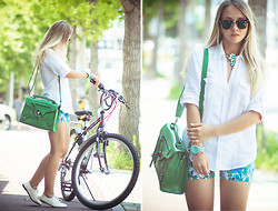 Olga Choi - Awwdore Shorts, Chicnova Bag, Chic Wish Watch, Ray Ban Glasses - Let's ride this summer