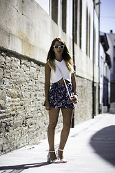 Lucita Y - Zara Crop Top, Zalando Sandals - EVERYTHING IS EVERYTHING