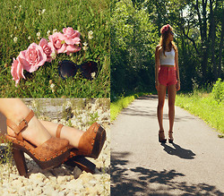 Jennifer P - Forever 21 Flower Crown, Vintage Clogs, Topshop Pink Shorts, Free People Cateye Sunglasses - Blooming