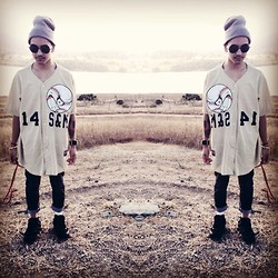 Mikhael S - Sneakers, Levi's® Grey Dark Wash Skinny, Baseball Jersey, Circle Glasses, Grey Beanie - Sadism&Masochism