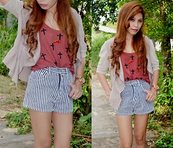 Monelyn B. - Diy Top, Dept Store Short - Cross & Stripes