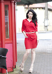 Kelly Nicole - Joseph Silk Red Shirt Dress, Boohoo Heels Beige, Cotton On Beige Belt - RED #kellynicoleblog