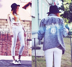 Magdalena T - Second Hand White Crop Top, Second Hand White Pants, Sequinshoes White Creepers, Second Hand Jack Daniel's Gray Denim Shirt - I just can't get enough
