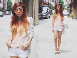 Rhea Bue - Pinkprettyflyyy Flash Lens, Redhead Peach Top, Love White Shorts - LOOK 211: White Delights!
