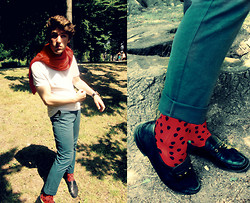 Aldo V. - Socks League, H&M Trousers, Vintage Shoes, We Shirt, Sweater, Aldo Watch - Heart of glass