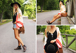 Fanny Larsson - Zara Blazer, Accent Hat, Chapnlle Fringed Bag, Zara Tank With Spaghettistraps - Bohochic meets the city